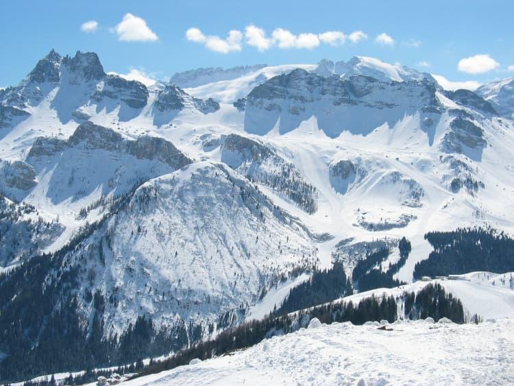 Narty w Dolomitach