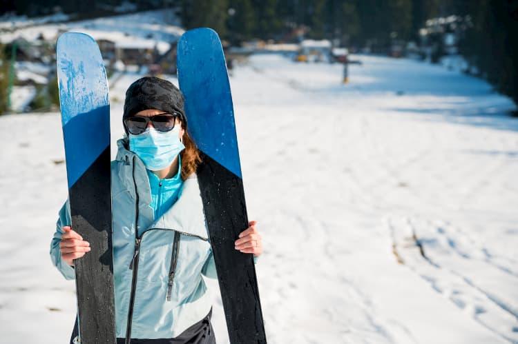 Ubezpieczenie narciarskie od COVID-19 - koronawirusa