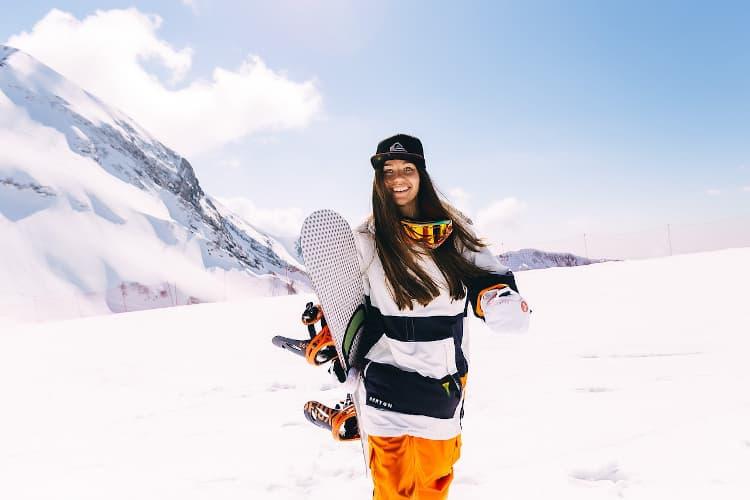 wyjazd studencki na narty i snowboard a ubezpieczenie